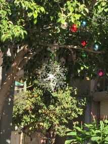 Neighborhood decorations